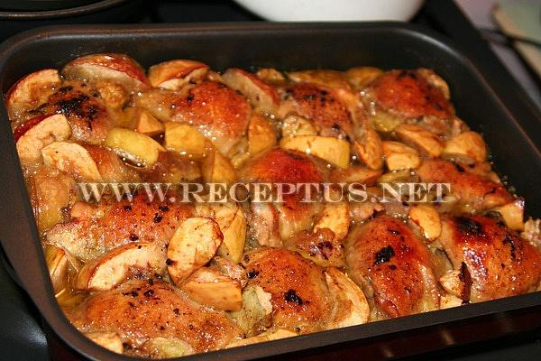 рецепты в духовке курица с яблоками